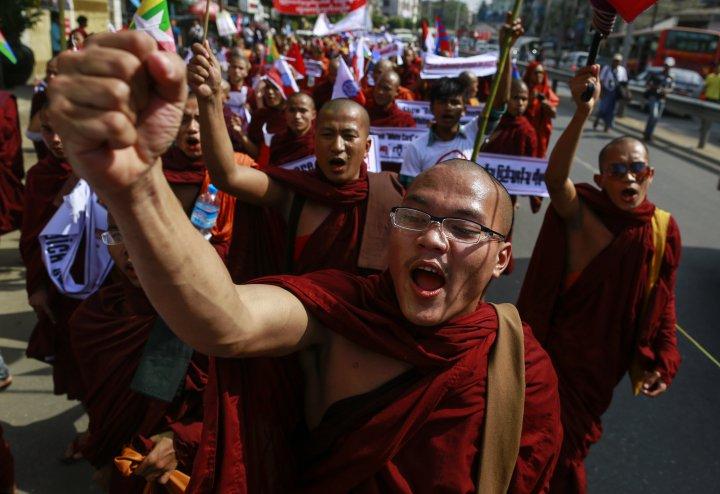 Протест Буддийских монахов