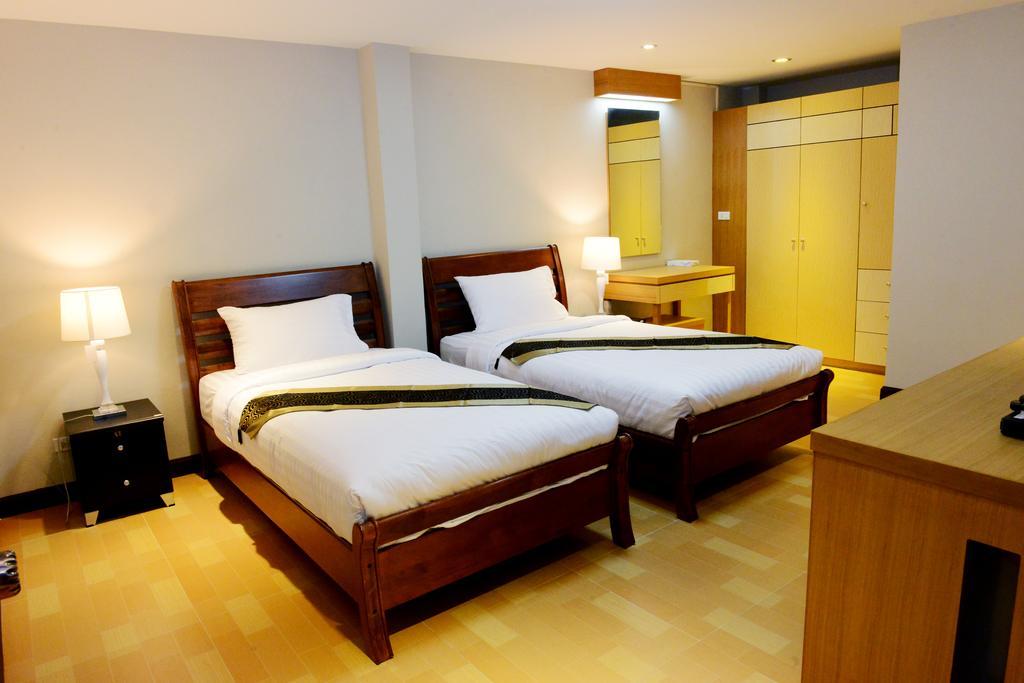 Две раздельные кровати в номере