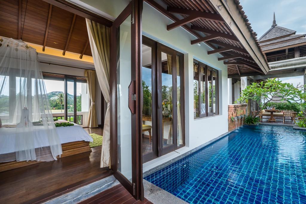 Дом с личным бассейном