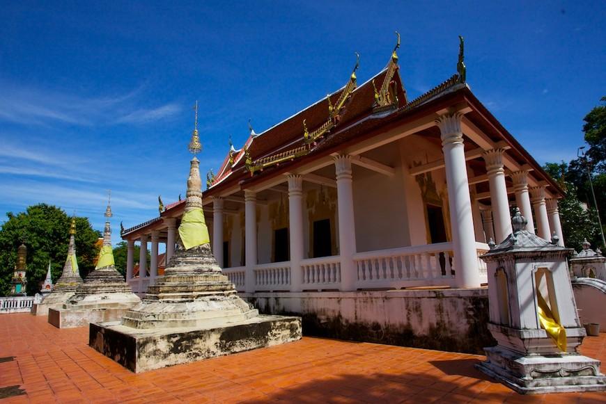 Wat Khong Karam