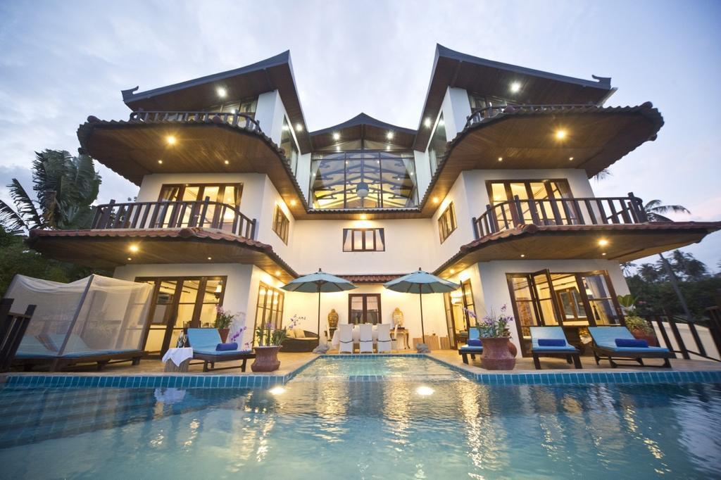 Royal Majestic Grand Thai Villa